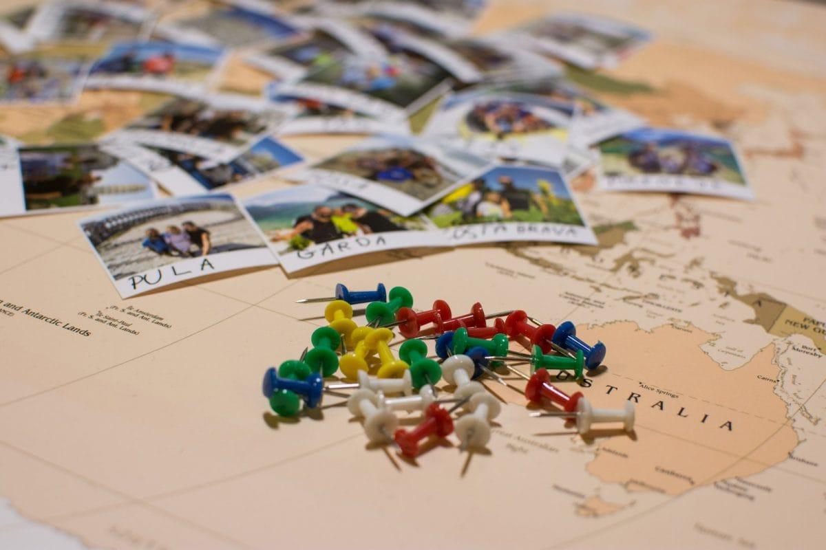 mapa świata do oznaczania podróż globtroterek
